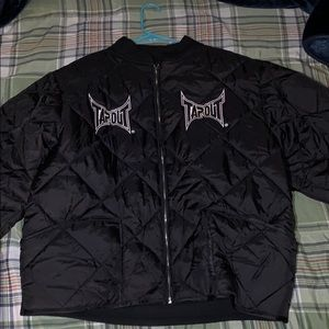 Tapout Men's black quilted bomber jacket
